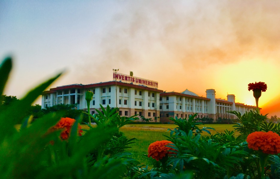 Top notch University in Bareilly, Uttar Pradesh, UP
